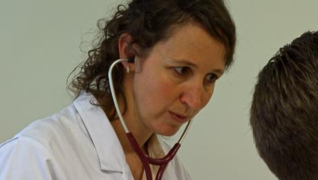 Afl. 4 Dr. Eva Van Braeckel (longarts)