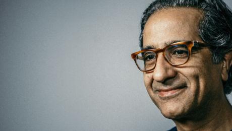 Prof. Nadjmi - mond-, kaak- en aangezichtschirurg