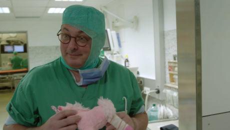 Afl. 1 Prof. Dr. Frank Plasschaert (kinderorthopedist)